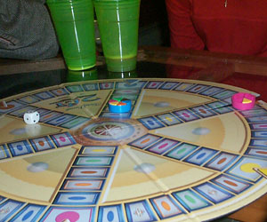 Trivial Pursuit, The men are headed for the middle and victory!