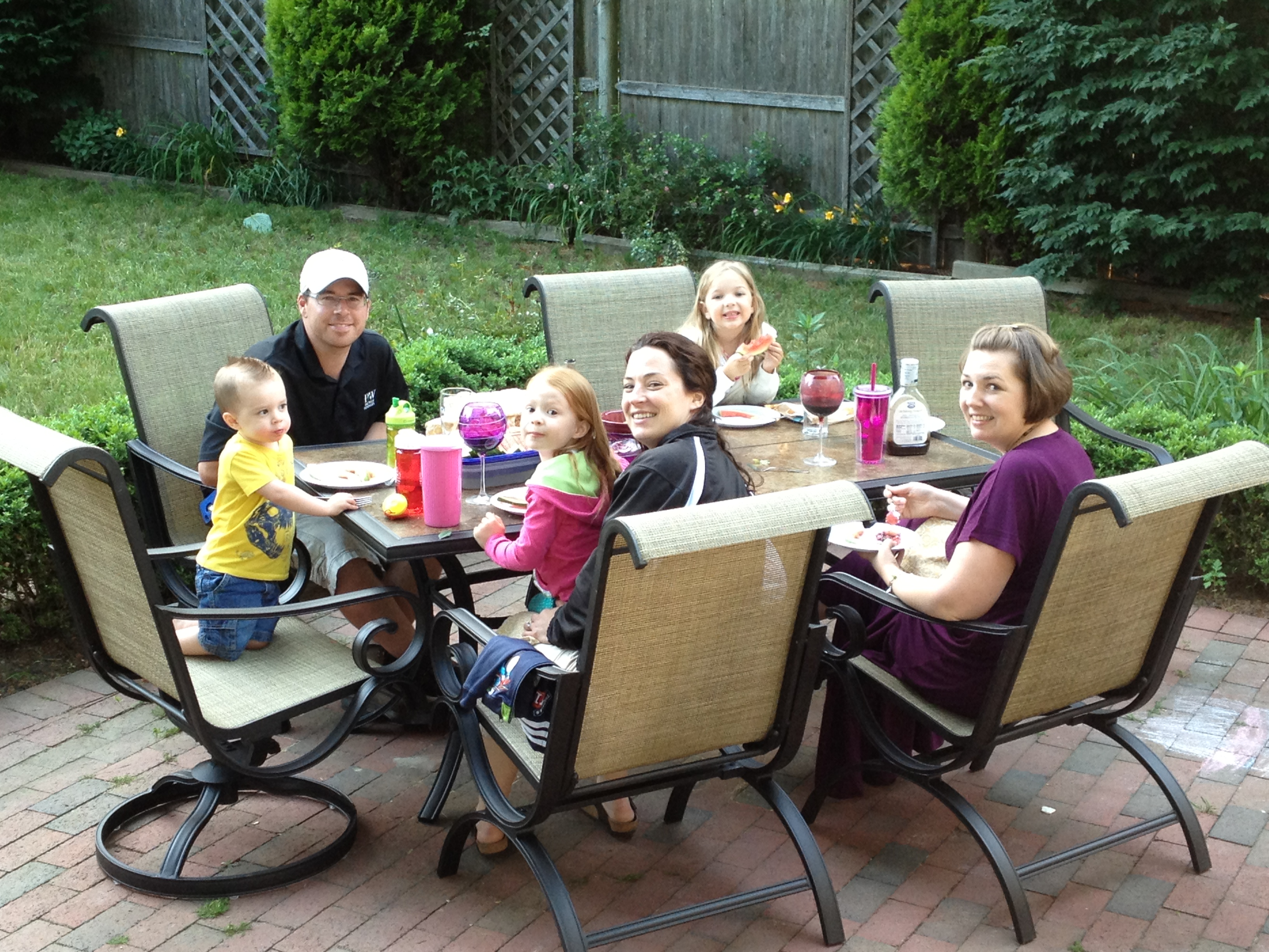Enjoying a pre-Father's Day Patio PArty thanks to #KmartOutdoor