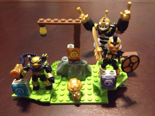 MEGA Bloks Skylanders Giants Legendary 3-Pack of figures