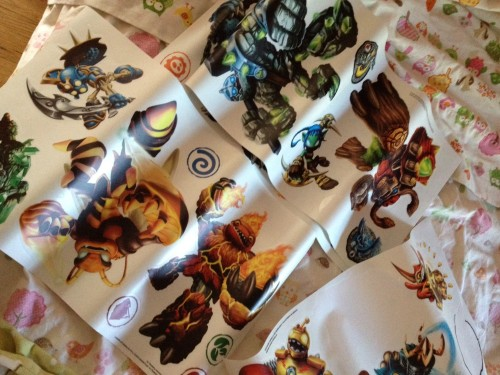 RoomMates Wall Decals of Skylanders Giants