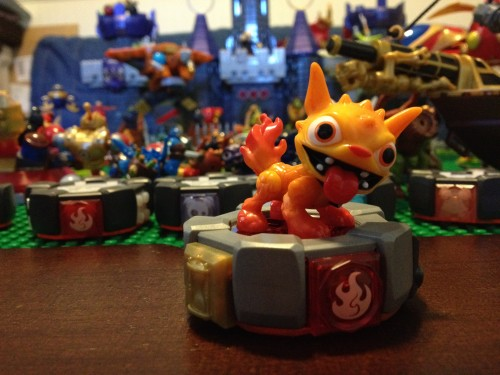Hot Dog on  his MEGA Blocks Battle Portal - Skylanders Giants