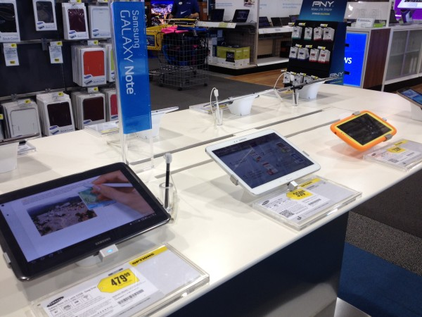 #Shop The Samsung Galaxy Display #IntelTablets