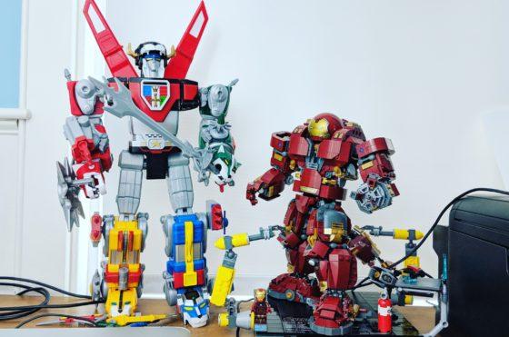 Large Robots on my desk