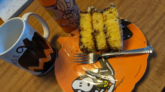 Snoopy and cake
